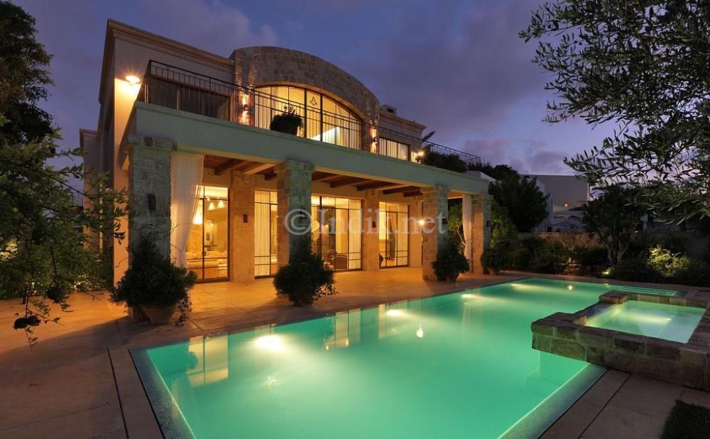 מפוארת וילות, בתים פרטיים למכירה - Yoram Indik LV-96