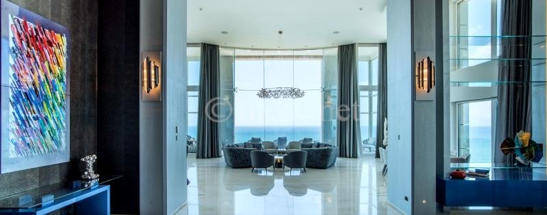 Sea front rare mini penthouse for sale in Tel Aviv